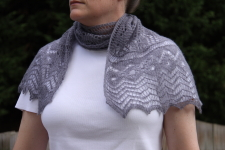 grey mouse scarf